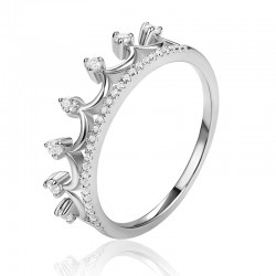 Luvente Diamond Crown Ring