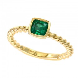 14K Yellow Gold Natural Emerald Ring