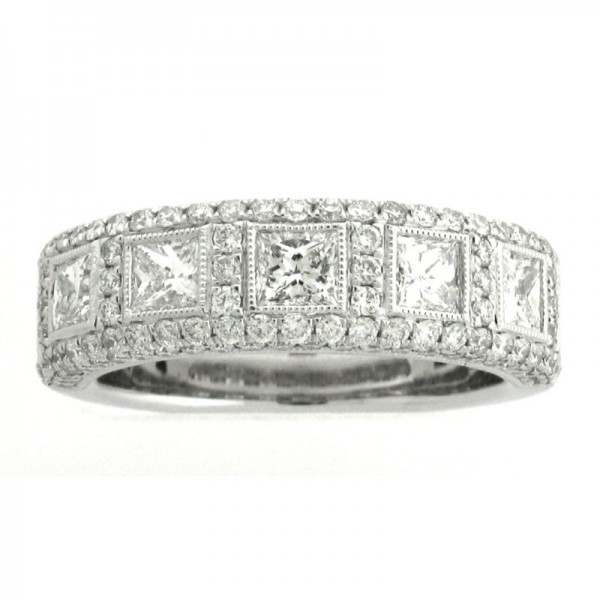 18KW Princess Cut and Round Diamond Wedding Band