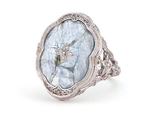 JudeFrances Silver Oval Stone Scallop Ring
